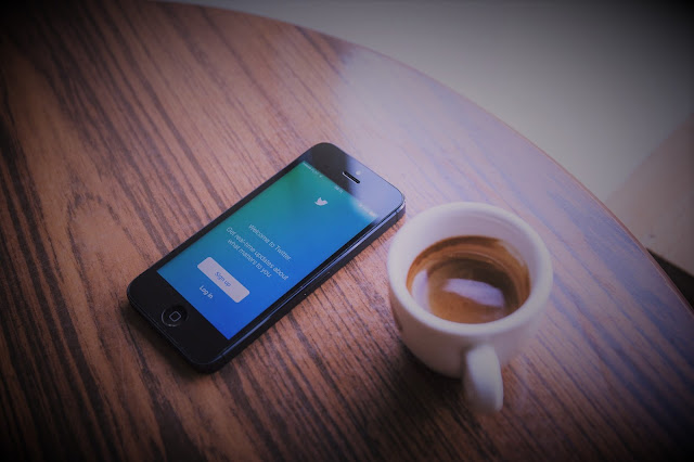 How to find influential tweets on Twitter