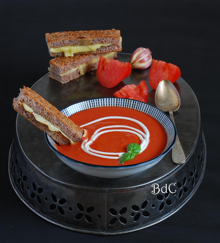 Sopa de tomates asados con frambuesa - El bistrot de Carmen