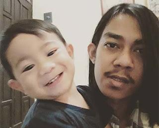M Alfin Kurnia Saputra dan Anak Kecil