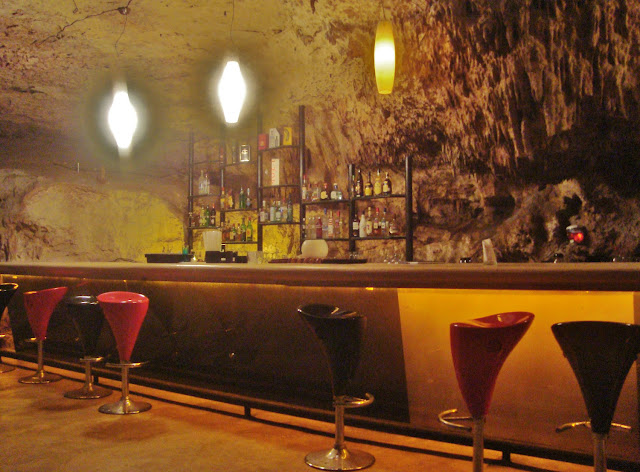 Alux Caverna Lounge Messico 1