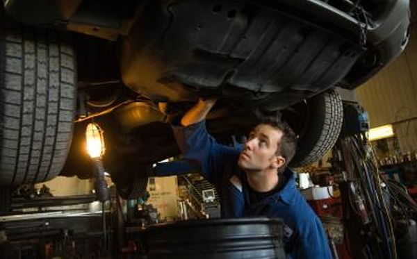 How to Remove the Rear Drive Shaft From a Subaru All Wheel Drive