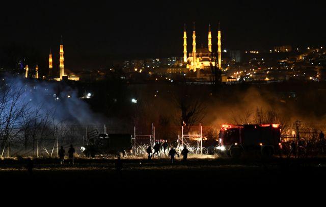 Έβρος: Μεγάλες φωτιές κατά μήκος των συνόρων