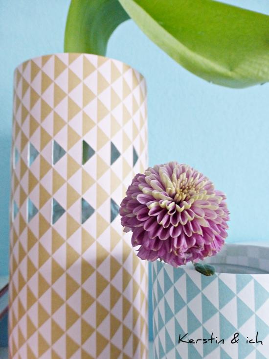 DIY Papiermanschette für Blumenvase