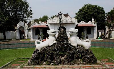 Cirebon, Kota Udang, Kota Wali, Bapontar Hotel
