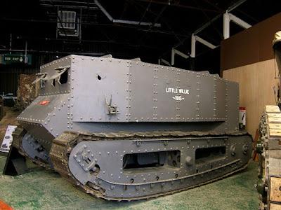 tank tempur, teknologi militer, lapis baja, kendaraan lapis baja, tank tempur pertama, penemu tank tempur, tank tempur inggris