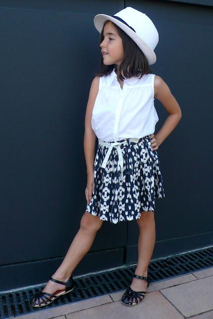 outfit blanco y negro pequeña fashionista