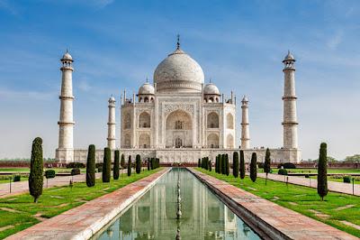 indias-tourist-spot-taj-mahal