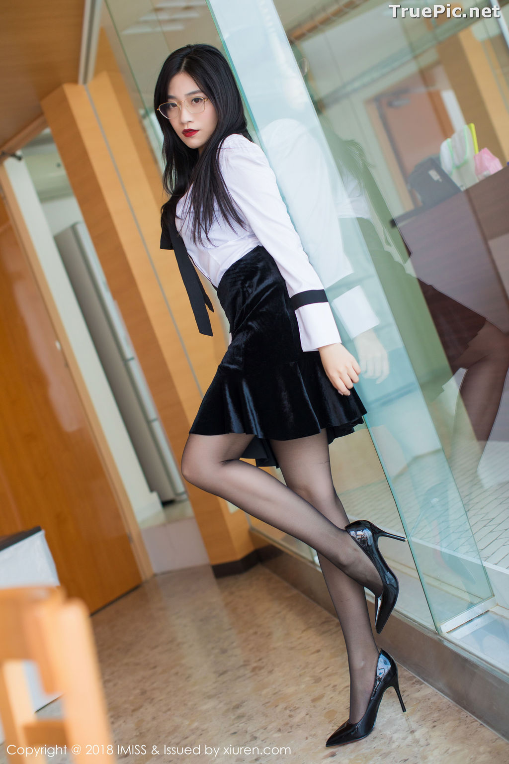 Image IMISS Vol.239 - Chinese Model - Sabrina (Xu Nuo 许诺) - Office Girl - TruePic.net - Picture-3