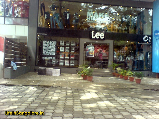 Lee Indiranagar 100ft road