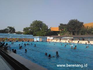 kolam renang gelanggang remaja jakarta barat