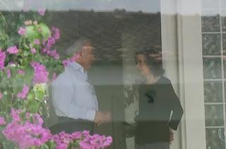 http://vnoticia.com.br/noticia/2511-temer-e-carmen-lucia-discutem-seguranca-publica-e-intervencao-no-rio