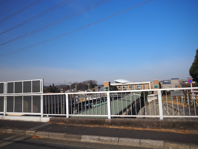 黒川駅跨線橋