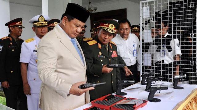 Menhan Prabowo Harus Pantau dan Tangkap Kapal yang Curi Ikan dan Buang Limbah di Laut Indonesia