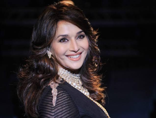 Madhuri dixit kalank film singing