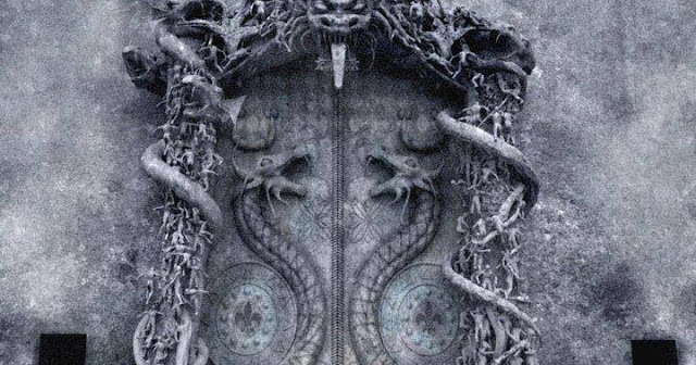 Portal to Another World? No One Can Open This Mysterious Temple Door In India