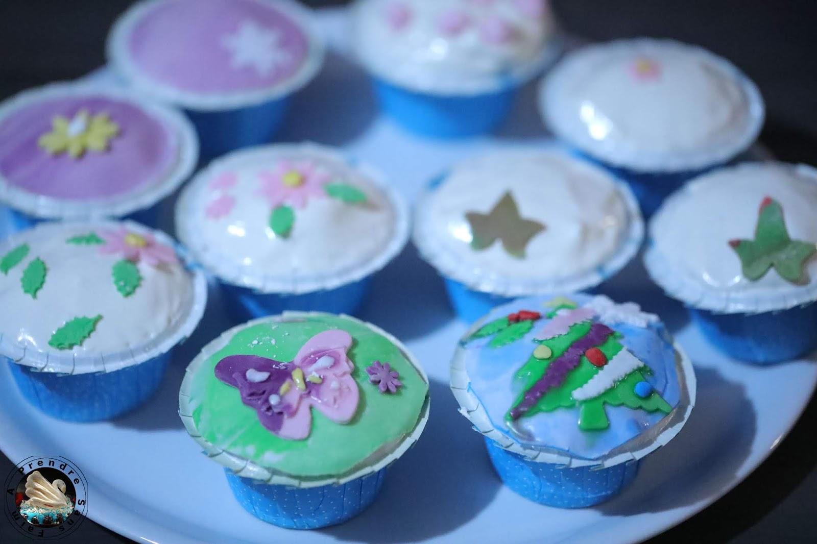 Cupcakes à la vanille et glaçage américain
