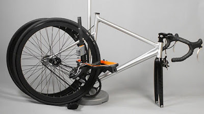 Double-Duty Bike Racks kunci gembok sepeda