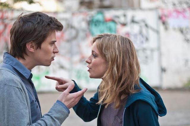 http://1.bp.blogspot.com/-5C3wQ-WzooY/Vc0zAHia2xI/AAAAAAAACAU/n9P9l6kM2pI/s640/Young-couple-arguing-in-street.jpg