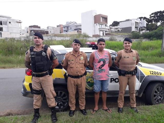 Polícias Militares fazem surpresa para garoto em sua festa de aniversário em Colombo