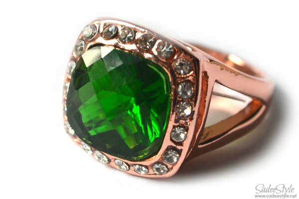 Emerald Icon Jewellery ring by Catwalk Glamour