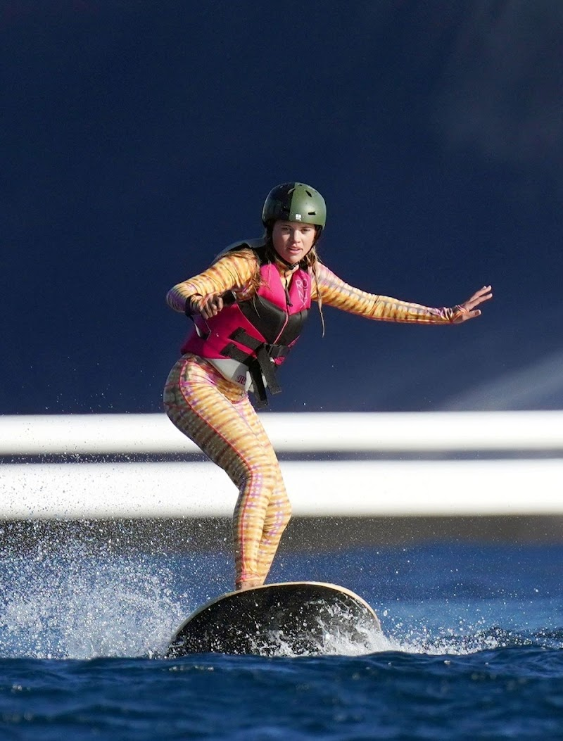 Sofia Richie Clicked in Wetsuit Surfing in St Barts 21 Dec-2020