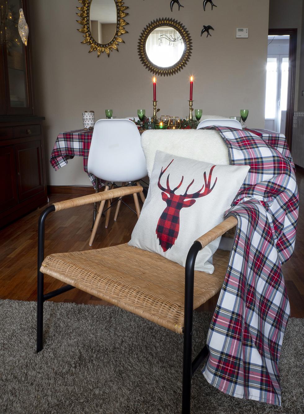 Nuestra mesa navideña en cuadros escoceses20