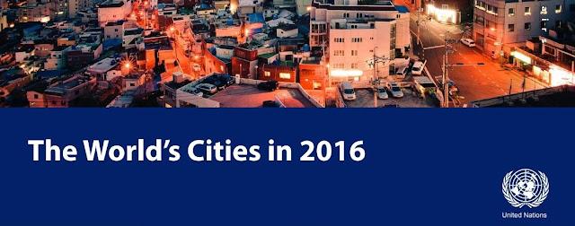"""国連のレポート""""The World's Cities in 2016""""の表紙…ビル街が写っている"""