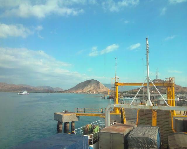 Pelabuhan Poto Tano, Sumbawa Barat. Source: jurnaland.com