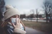 Koronavírus, nátha vagy influenza? Ezek a jellemző tünetek