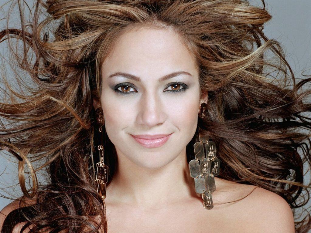 Jennifer Lopez: World Famous Celebrities: Top Stylist Appearance Of