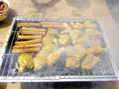 Resepi Perapan Ayam BBQ Dan Sosej!!
