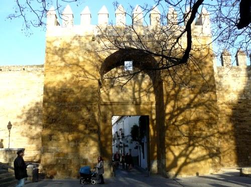 Puerta de Almodovar y Murallas de Córdoba