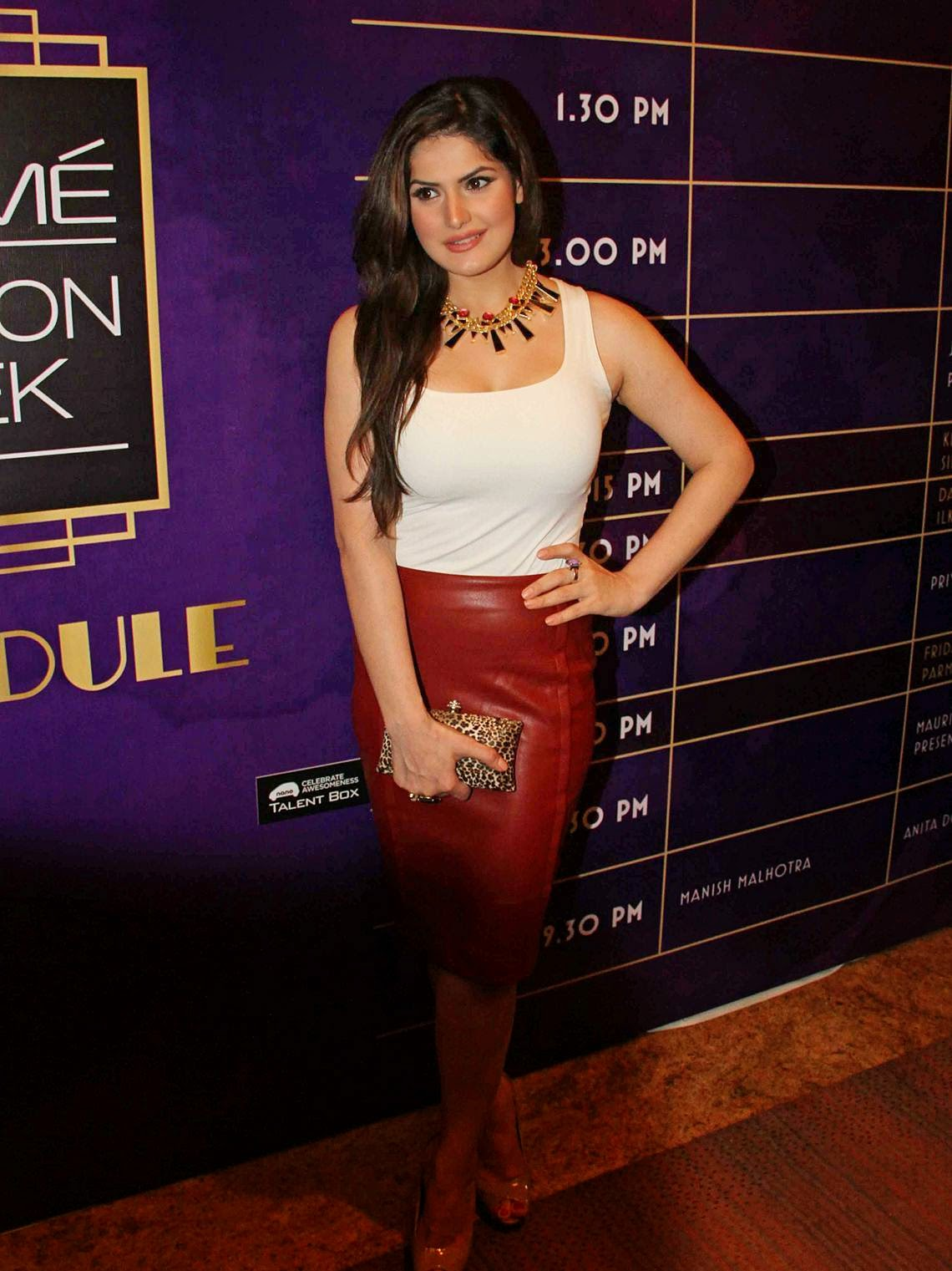 High Quality Bollywood Celebrity Pictures Zarine Khan -7008