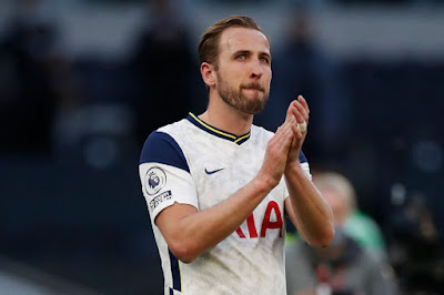 NEW TARGET: Chelsea appear to pull out of race to sign Harry Kane as they 'make contact' with Bayern Goal Machine.