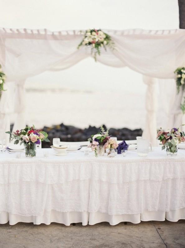 Celebración de boda muy especial en la playa chicanddeco