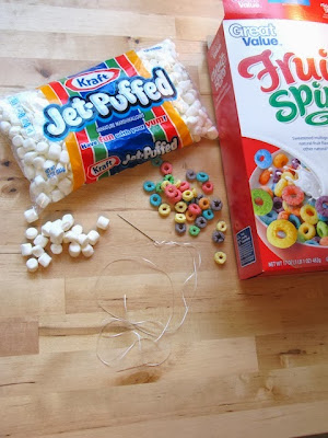 marshmallow cereal garland