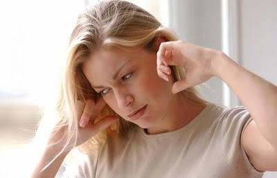 Utiliser des produits naturels pour nettoyer les oreilles