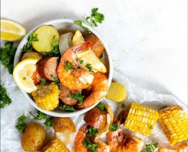 Sheet Pan Shrimp Boil #dinner #shrimp