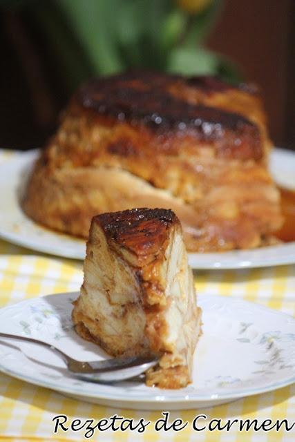 Tarta de manzana con suizos.