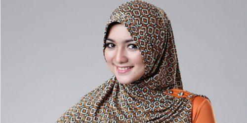 Langkah-langkah Memakai Jilbab Yang Mudah & Praktis