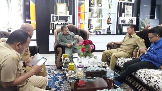 Bicarakan Kerjasama Dua Daerah, Bupati Ali Mukhni Terima Kunjungan Walikota Pariaman Genius Umar