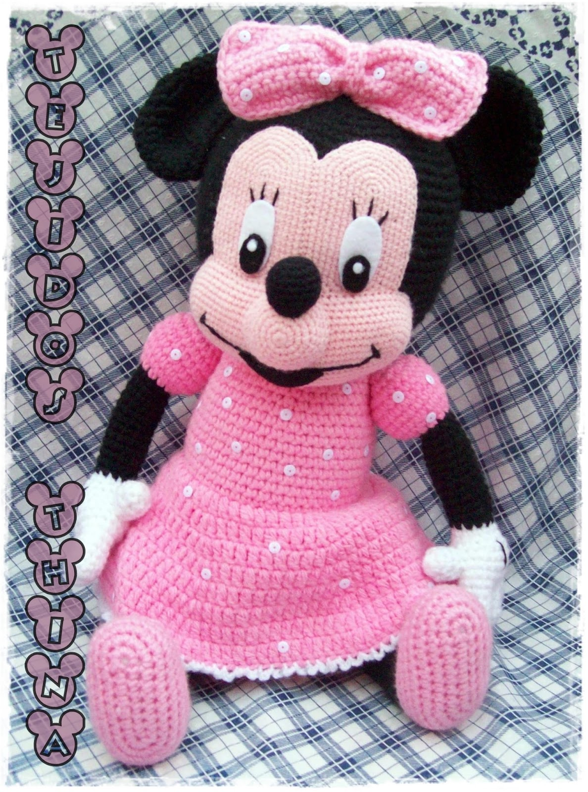 Tejidos Thina: MINNIE MOUSE AMIGURUMI PATRON GRATIS