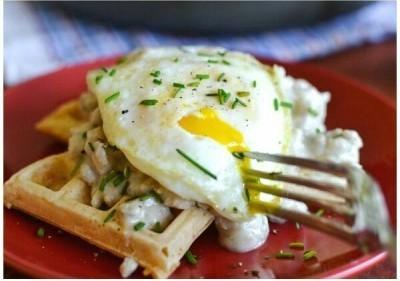 34. Waffle keju cheddar gurih
