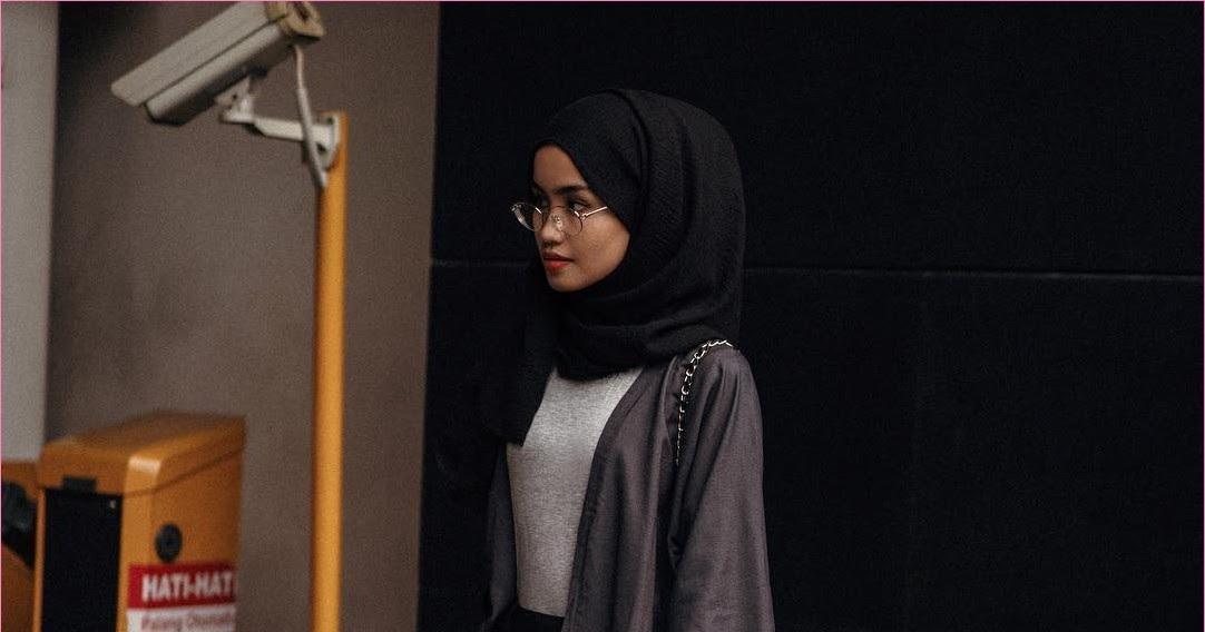 Outfit Untuk Remaja Berhijab Yang Mempunyai Tubuh Pendek