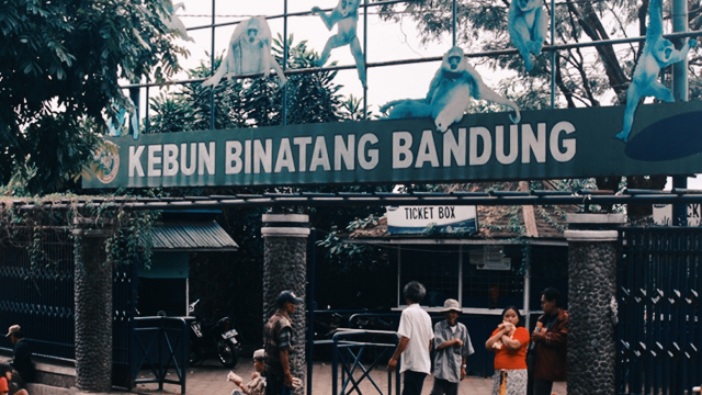 Kebun_Binatang_Bandung