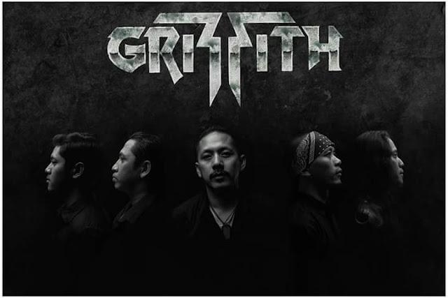 """Griffith melepas sebuah video klip single """"Lost In Minutes"""""""