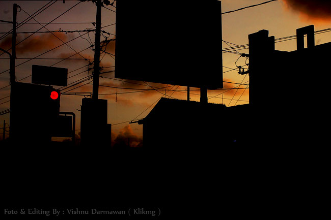 Silhouette In The City Purwokerto || Fotografer : Vishnu Darmawan ( KLIKMG ) Fotografer Purwokerto