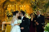 Boda. Casamiento en iglesia Nuestra Señora de Lourdes de Rosario. Virgen de Lourdes.