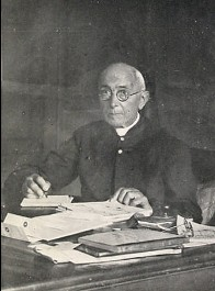 Dottore Enrico Caffi was the museum's first director