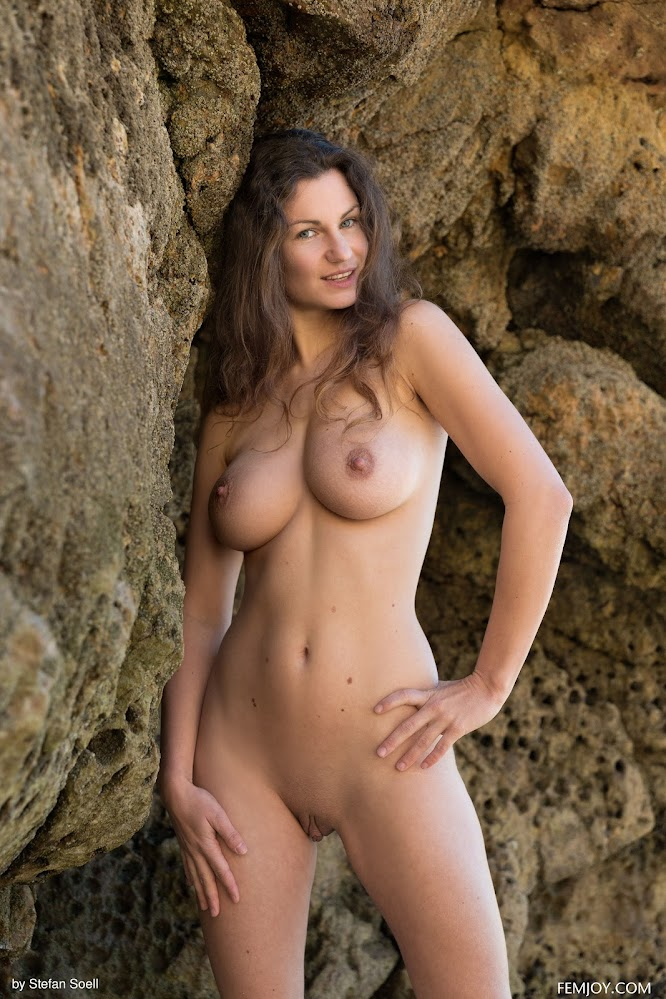 FemJoy Susann Most Beautiful q7yxxg464b23
